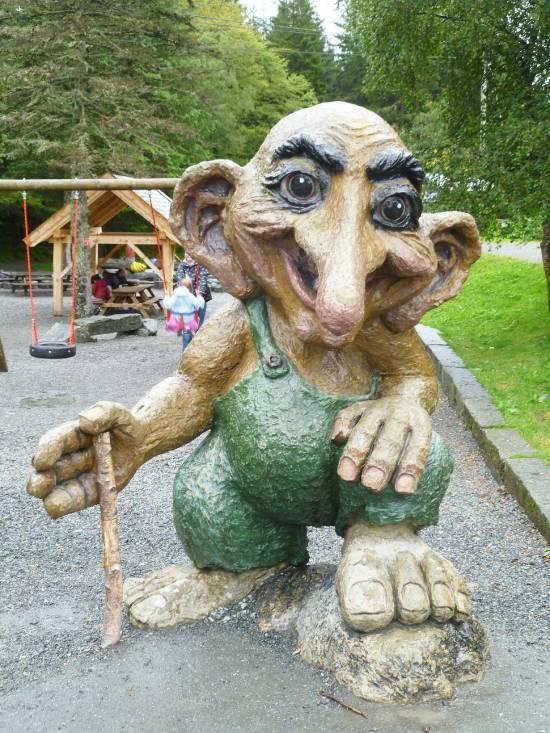 egyeni-utazo-bergen-norvégia-troll-floyen-hegy