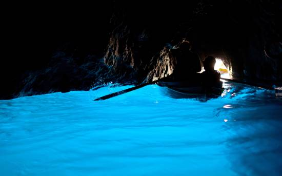 grotta-azzurra-egyeni-utazo-olaszorszag-capri