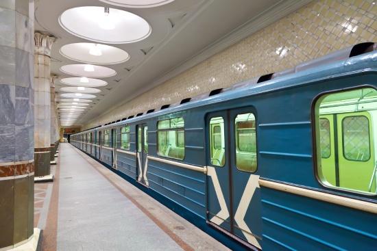 egyeni-utazo-metro-moszkva-oroszorszag