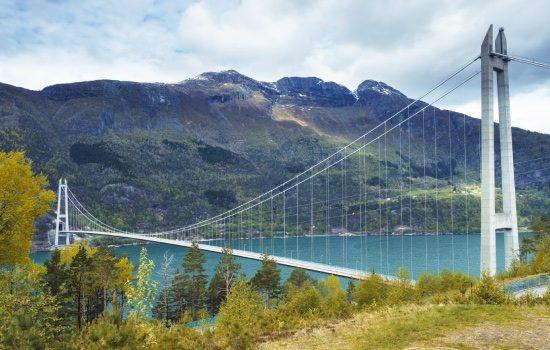 egyeni-utazo-norvegia-hardanger-hid-fjord