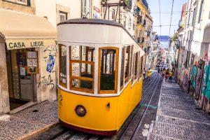 egyeni-utazo-portugalia-lisszabon-villamos-2